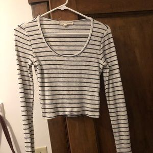 Urban outfitters long sleeve sweater shirt